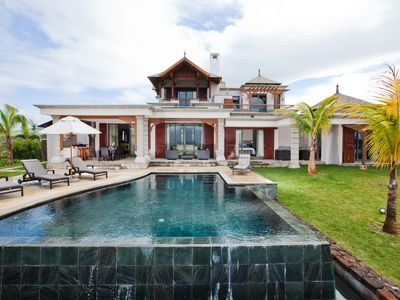 Photo for Luxury 4-bed villa in Bel Ombre, Mauritius