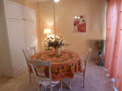 Photo for Nice fully equipped studio, 10 min walk to the beach. Residence calm
