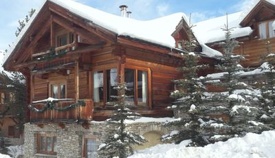 Photo for In solid wood chalet, classified 5 * 130 m2 duplex