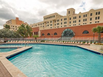 Photo for Design Suites Hollywood Beach 410 - Studio Apartment, Sleeps 2