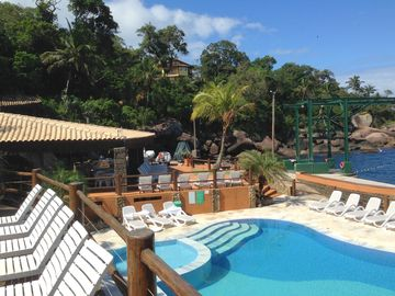 New in Ilhabela !! House with pool in condominium of high standard !! Air cond