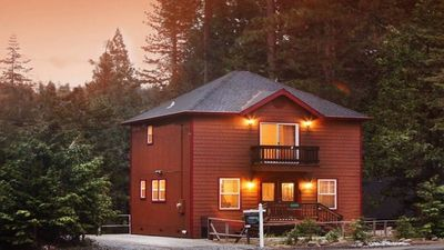 Photo for Mountain House Located near Pinecrest and Dodge Ridge