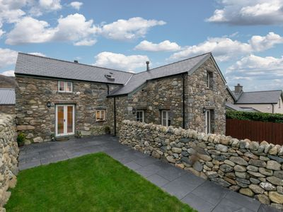 Photo for This 5-star cottage for 2 offers an excellent base to enjoy Snowdonia National Park, the North Wales