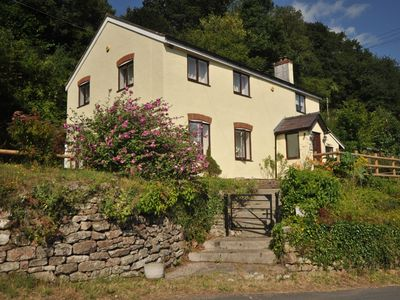 Photo for 4 bedroom Cottage in Symonds Yat - 72538