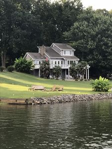 Photo for Lake Norman - Prime Lake Front Property, Family Friendly, 4 bedrooms, 3.5 baths