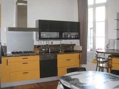 Photo for Bright apartment near the historic center of Bordeaux