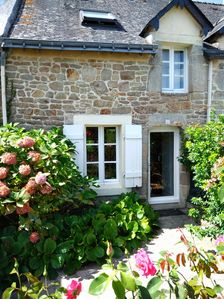 Photo for Small fisherman's house with garden 100 m from the Gulf of Morbihan and the beach