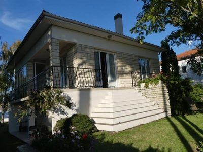 Photo for Villa Saint-Georges-de-Didonne, 3 bedrooms, 9 persons