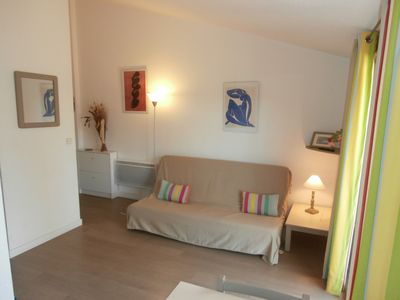 Photo for St Maxime. Apt. 2P south terrace quiet. 4 people 150mplages, pool, park
