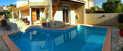 Photo for Modern villa, renovated in 2015 with terrace, pool, barbecue and WIFI