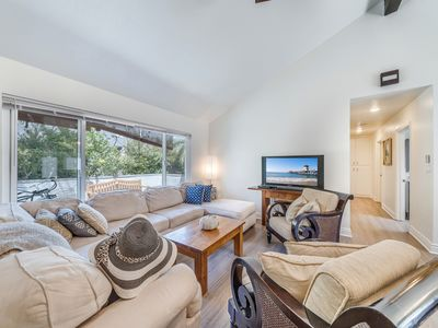 Photo for (#3)Newly remodeled great location with Jacuzzi and bikes