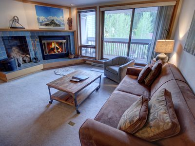 Photo for This large updated 1 bedroom at Liftside has plenty of room for your family or group. You'll love the views of Snake River and Keystone's ski slopes from the balcony. It's a quick walk to the Mountain House lifts and Liftside has a nice indoor pool and hot