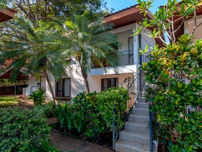 Photo for Recent remodeled 2 bedrooms condo, 2 blocks from the beach