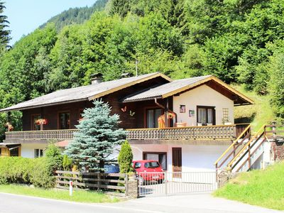 Photo for Big 12 persons 4 bedroom apartment near the ski piste