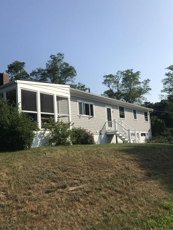 Brewster Ma Walk To The Beach Flats 4 Bedrooms 3 Bathrooms Sleeps 10