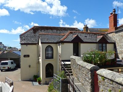 Photo for 2 bed self catering apartment in pretty fishing village, Porthleven, SW Cornwall