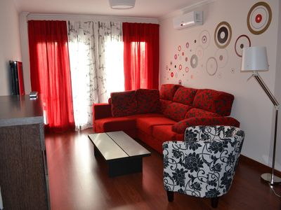 Photo for Modern, central, with three bedrooms, fully equipped
