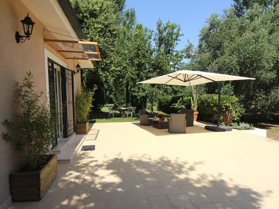 Photo for Holiday in quiet and comfortable accommodation with swimming pool, near the sea and ROME