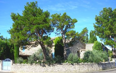 "Photo for Villa ""La Massette du Cheval Blanc"" Character villa all built stone, pool and private garden"