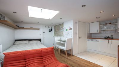 Photo for Cosy Studio near Seven Sisters Station