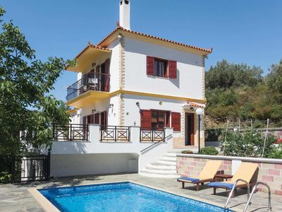 Photo for 2 bedroom Villa, sleeps 4 in Skópelos with Pool, Air Con and WiFi