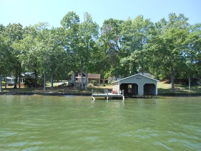 Photo for Great house on great water in perfect location on Lake Sinclair!