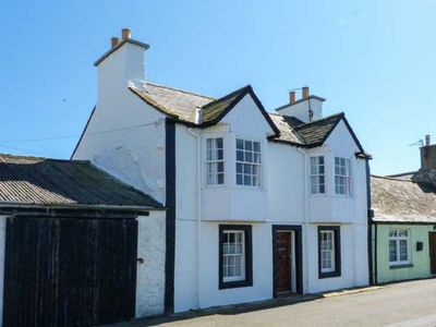 Photo for Sea Views, Lovely Kitchen,Cosy Lounge,Private Garden,Rest/Bar yards away