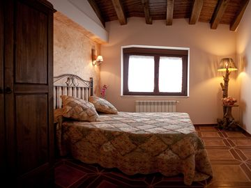 Casa Rural Antonio 6pax in Las Arribes, Salamanca with WIFI and SWIMMING POOLS / OFFERS