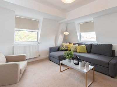 Photo for Homely Attic Apt in Central Bristol sleeps 6