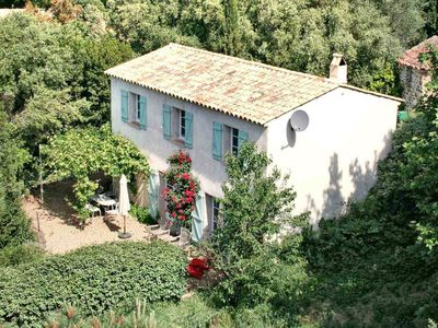 Photo for Beautiful decorated villa with private pool, 6 km from Grimaud and 10 km from the Mediterranean Sea
