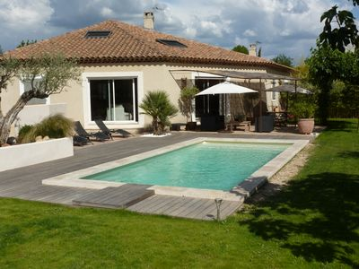 Photo for functional villa with pool and garden near Aix-en-Provence
