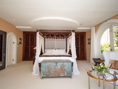 Photo for Four Uitsig Camps Bay, Private Guest Suite on Table Mountain with Ocean view