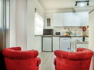 Photo for Lovely apartment for 2 guests with WIFI, TV and parking