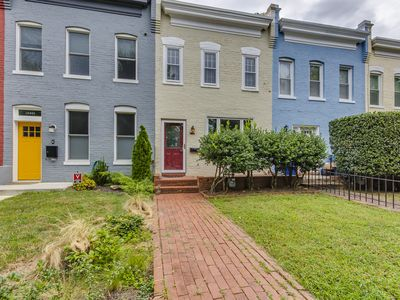 Photo for CAPITOL HILL PRIVATE PARKING AND BACKYARD NEAR METRO