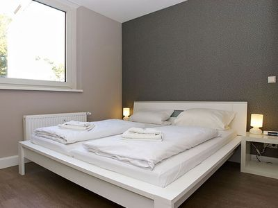 Photo for Cosy A 4.3 apartment in Kreuzberg with WiFi, shared terrace & lift.