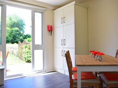 Photo for Cheerful & Newly Renovated 2bed Home in Dublin