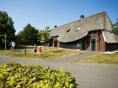 Photo for 6-person farmhouse in the holiday park Hof van Saksen - on the water/recreation lake