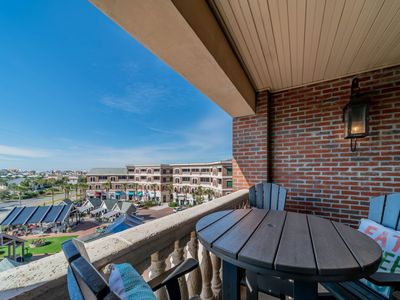 Photo for TheFlipside30a, Gulf Views, Heated Community Pool, Complimentary Tram Service!