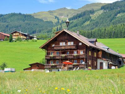 Photo for 10 bedroom Villa, sleeps 26 in Mayrhofen with WiFi