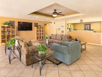 Photo for Plaza Resort Condos w/ 2 Resort Outdoor Pools and Hot Tubs, Tennis Courts & Pet Friendly!