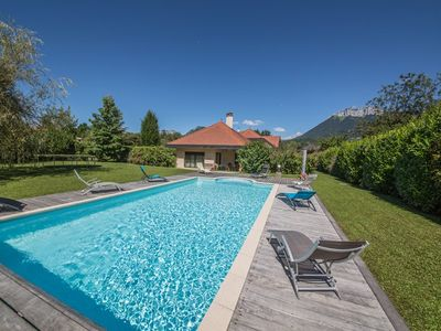 Photo for Saint Jorioz -80m from the lake, Pool: Tuilerie
