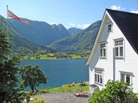 Great home base for family to explore the Fjord