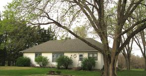 Photo for 3BR Bungalow Vacation Rental in Marion, Kansas