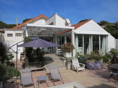 Photo for House with garden and pool 200M from the beach