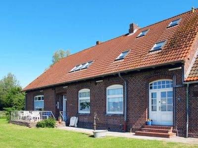 Photo for Berdumer Neue Mitteldeich Apartment, Sleeps 6 with Free WiFi