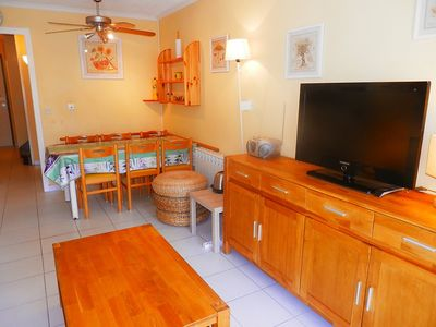 Photo for Apartment 1.2 km from the center of Cannes with Parking, Internet, Washing machine, Pool (327600)