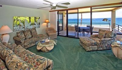 Photo for Lovely, 2BR Prime Oceanfront Condo w/ hideaway sofa bed
