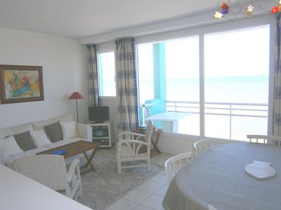 Photo for Flat facing sea ideal for your holidays.