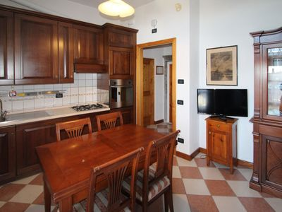 Photo for Apartment Breeze of Lake in Toscolano - 4 persons, 1 bedrooms
