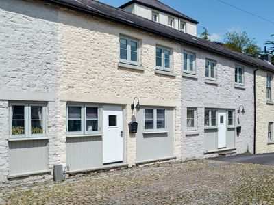 Photo for 1 bedroom accommodation in Llandeilo